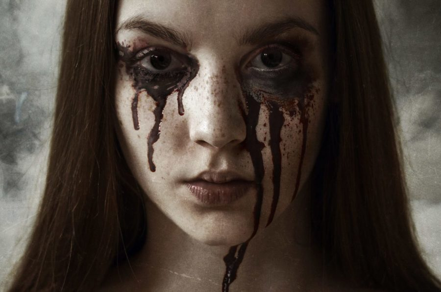 [Trailer] DELIRIUM; If Rumor Has It The House Is Haunted, It Probably Is