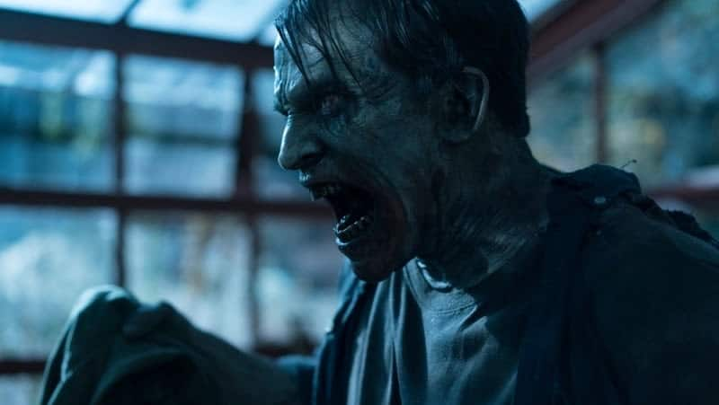 Zombies To The Rescue in DAY OF THE DEAD: BLOODLINE Clip