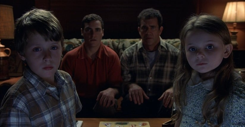 The 5 Biggest Scares in M Night Shyamalan's SIGNS