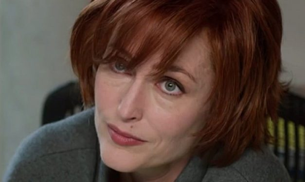 [Trailer] Gillian Anderson Returns to the Unknown in UFO