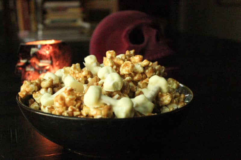 [Witchy Kitchen] Recipe for TALES FROM THE CRYPT-inspired Crypt Keeper Crunch