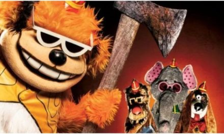 [Review] THE BANANA SPLITS is A Gleefully Gory Good Time