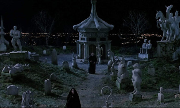 Family Plot: 10 Horror Houses That Come With Their Own Cemetery