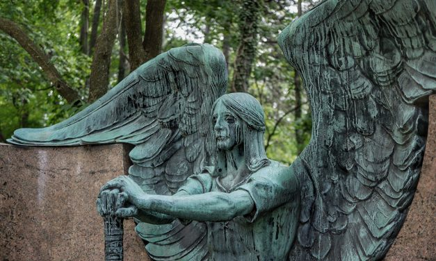 Hark, The Herald Horrors Sing: How Horror Has Taken Angels And Made Them Scary
