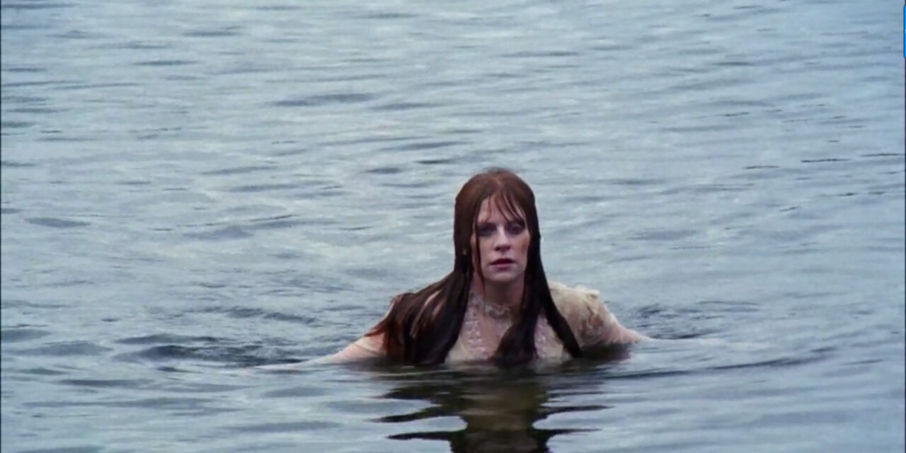Rolling in The Deep: 10 of The Scariest Underwater Sequences in Horror