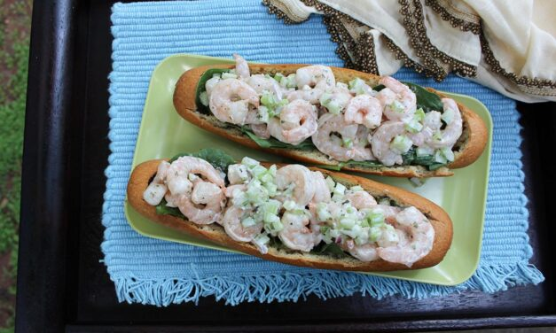 [Witchy Kitchen] Celebrate 45 Years of JAWS By Chomping Into These Amity Island Shrimp Boats