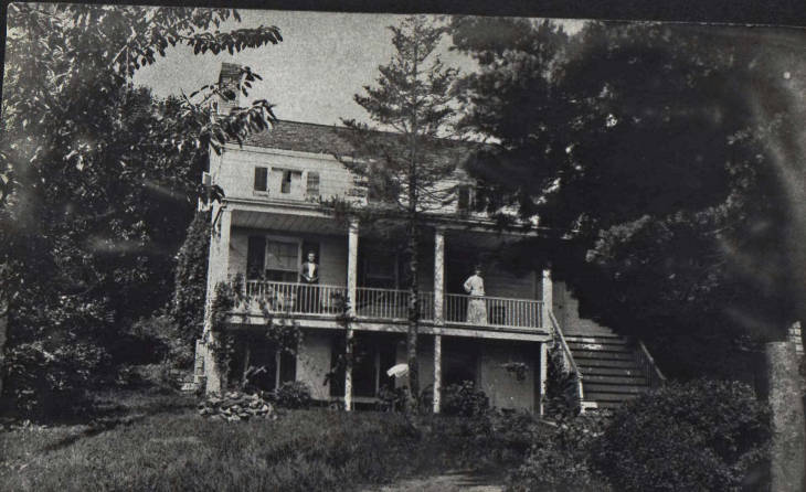 [Behind the Screams] The Warrens Strike Again: The True Story Behind THE HAUNTING IN CONNECTICUT