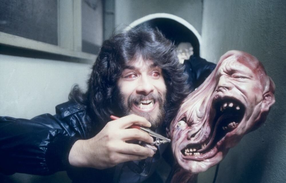 [Making a Monster] The Practical Effects Masterpiece That is John Carpenter's THE THING