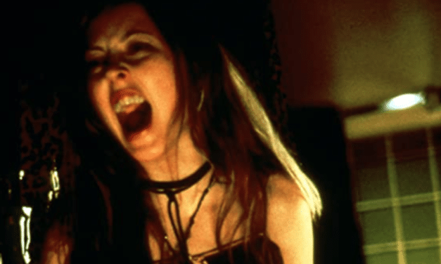 [Final Girl Fashion] The Right to Bare Arms: Crop Tops and Self-Control in GINGER SNAPS