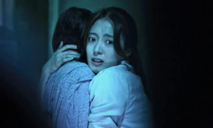 [Review] Supernatural Horror LINGERING is Full of Freaky Ghosts Despite A Confusing Finale